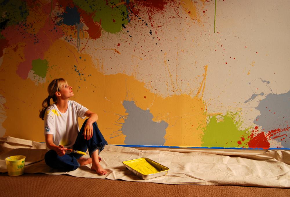 Metro Brokers Woman with Painted Wall.jpg