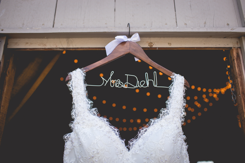Lakeview_Farm_Wedding_Cambria_Creative-1131.jpg