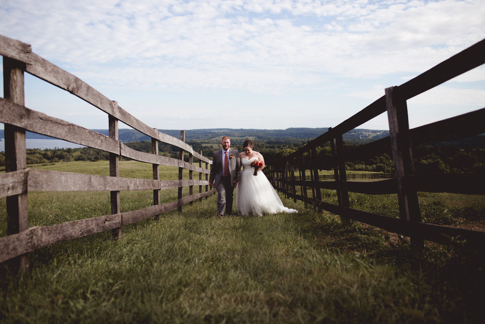 Cambria_Lauxmont_Farms_Wedding_Photography-0679.jpg