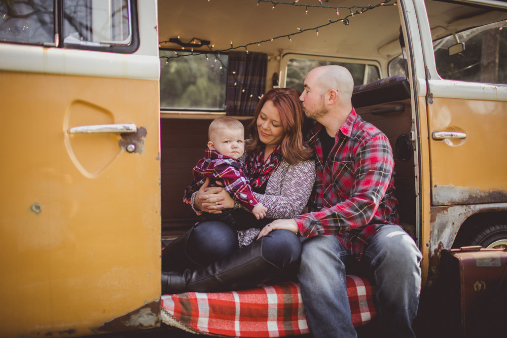 Cambria_York_VW_Bus_Christmas_Photography-9529.jpg