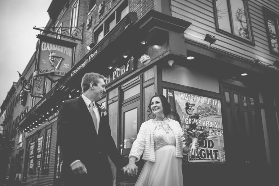 Cambria_Creative_Baltimore_Fells_Wedding_Photography-0843.jpg