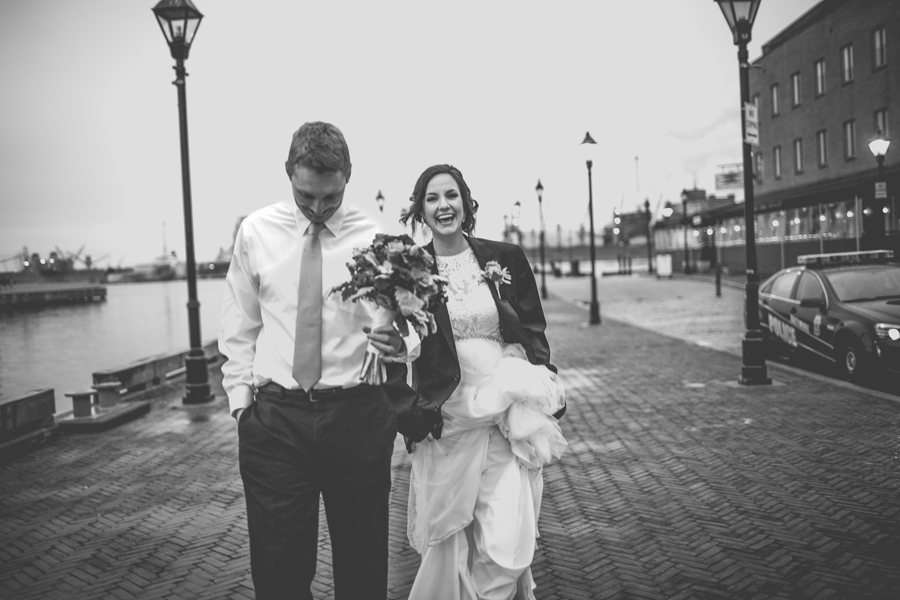 Cambria_Creative_Baltimore_Fells_Wedding_Photography-1003.jpg