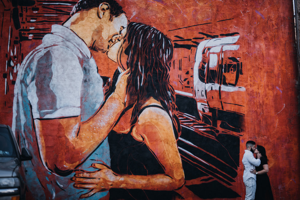 Cambria_Creative_York_City_Engagement_Photographer_Murals-0129.jpg