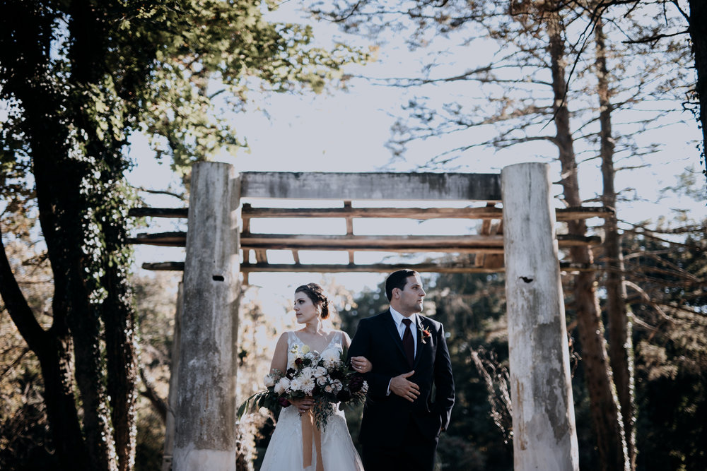 Cambria_Creative_Photographer_Boho_Wedding_Historic_Shady_Lane-4983.jpg