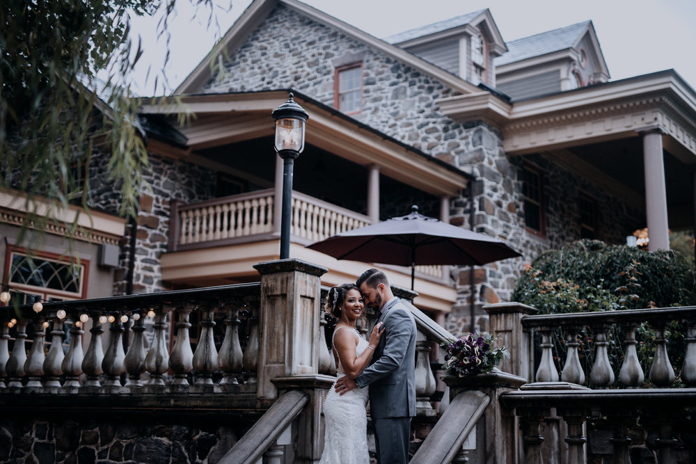 Cambria_Creative_Photographer_Moonstone_Manor_Wedding-0368.jpg