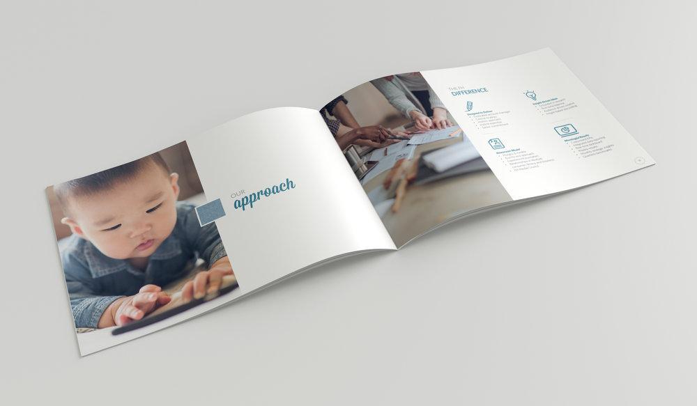 Mockup_HorizontalA5_Brochure_2b.jpg