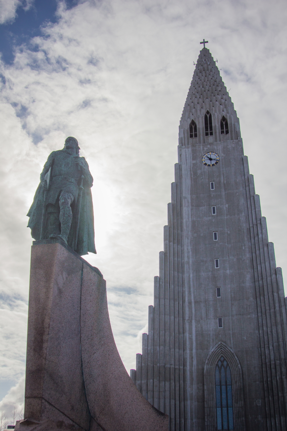 "Hallgrímskirkja , featuring a statue of Leif Eriksson, one of the ""discoverers"" of North America."