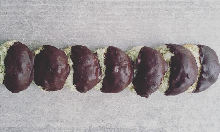 almond cookies 2.jpg