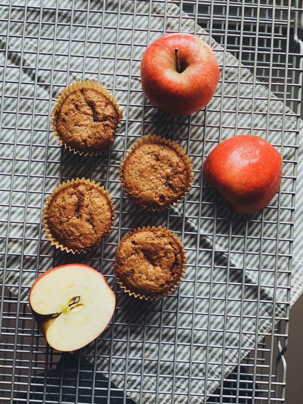 applesauce muffins.jpg