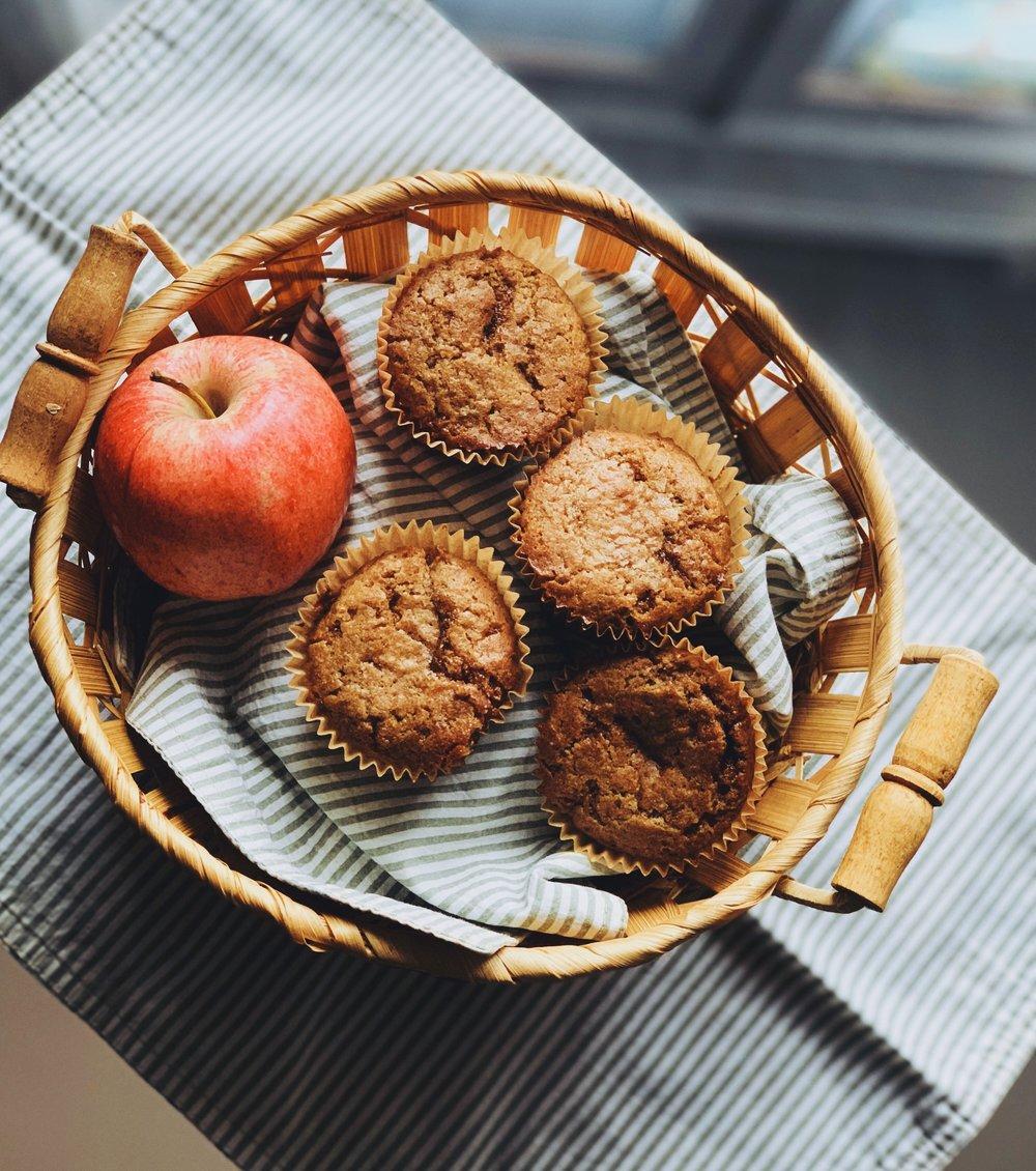 applesauce muffins 2.jpg
