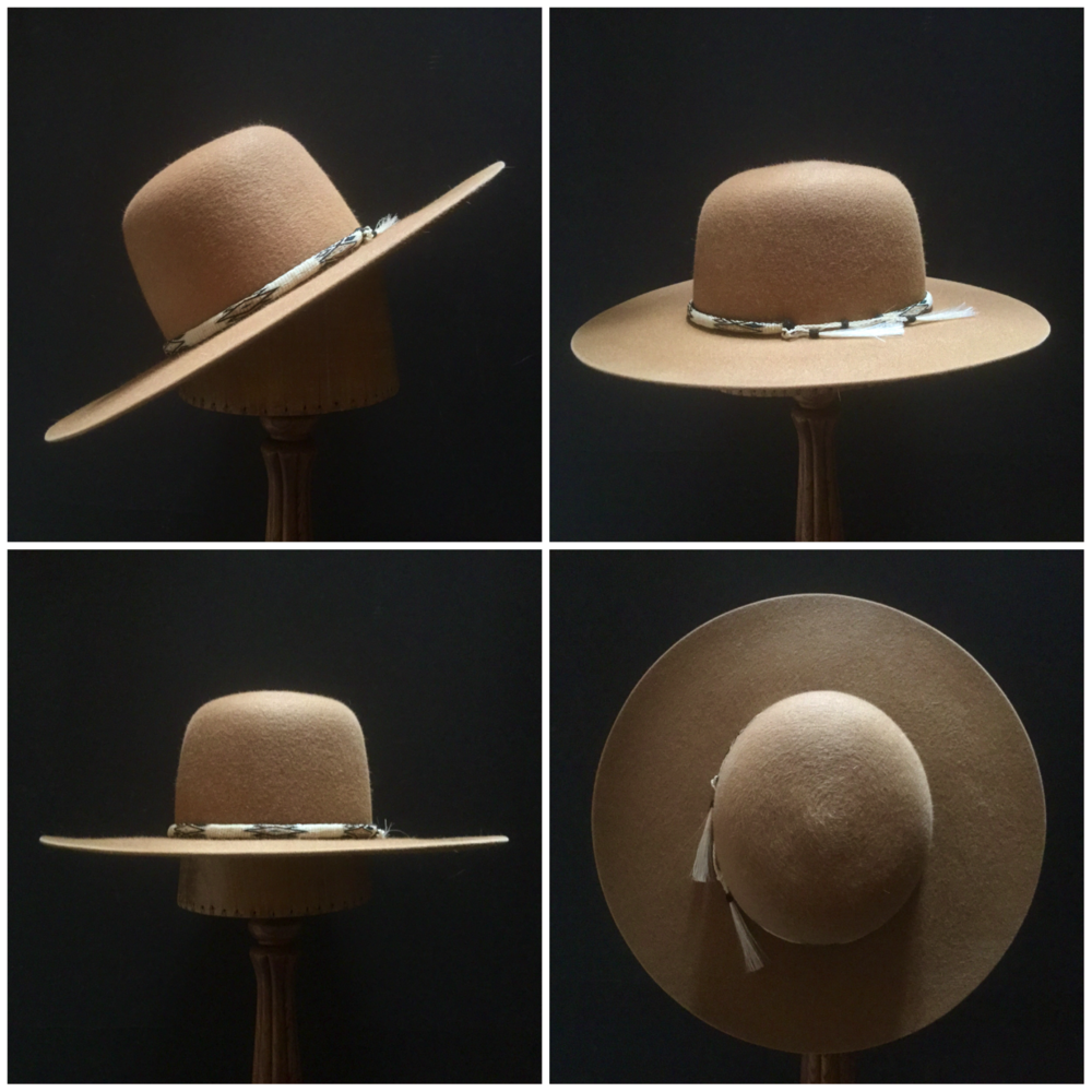 Material: 100% Rabbit Color: Camel Brim Set: Naturalist Trim: Hitched Horsehair