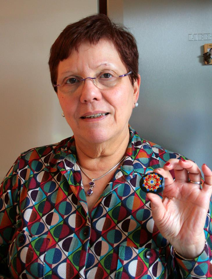Arlette is the first person in Belgium to receive a Travelling Kindness Rock.