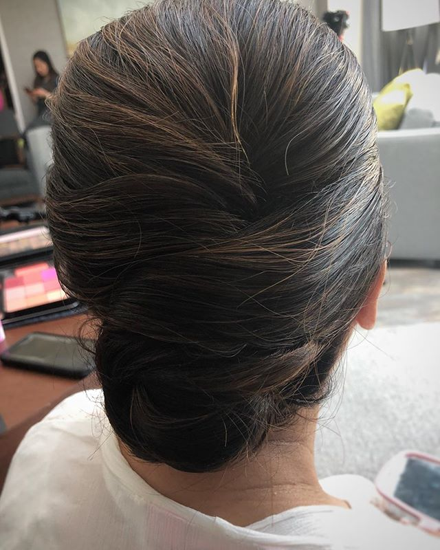A classic chic updo . . . . #weddinghair #chicupdo #brunettehair #weddingtoronto #weddinginspiration #weddingseason #weddingwednesday #barnonebeauty  #summerwedding