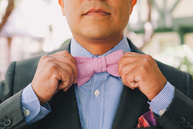 J Wiley Photography Gainey Vineyard Wedding Felici Events groomsmen pastel bowtie with blue shirt and grey suit
