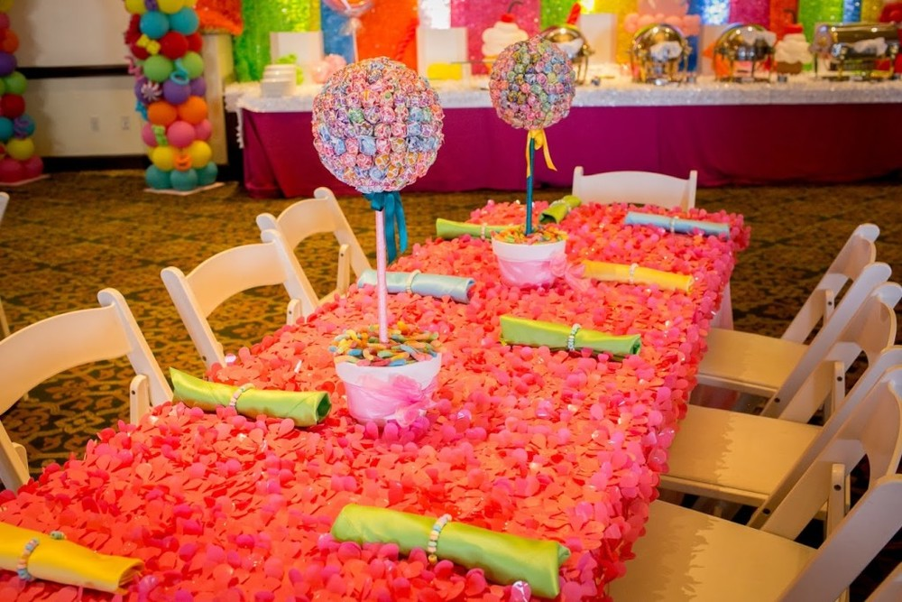 kids table candy decor theme Felici Events