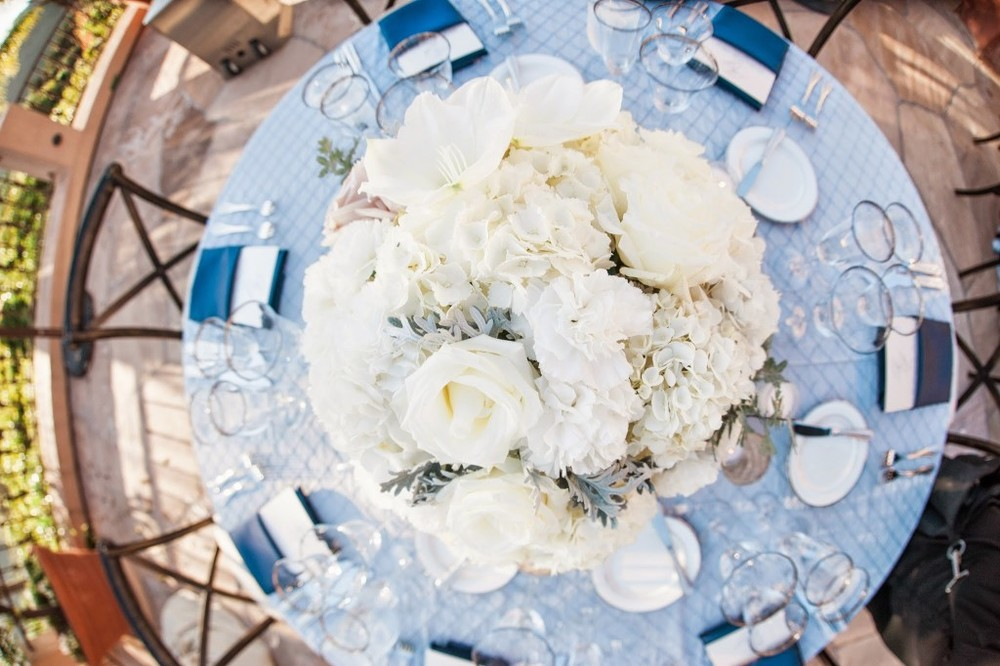 Felici Events Blue and Silver table top birds eye view