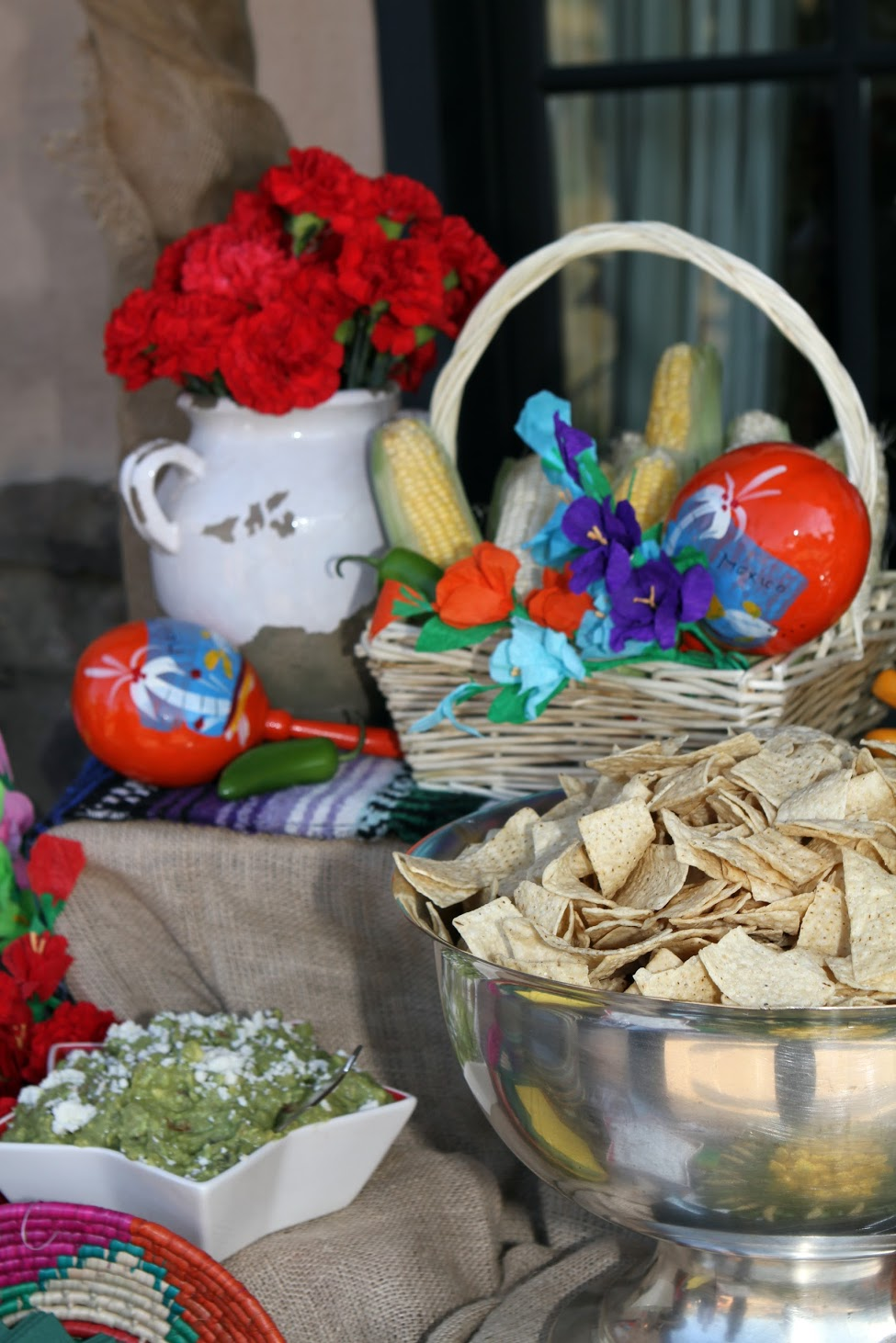 www.felicievents.com | hacienda fiesta | Mexican Party | Dinner Station Decor