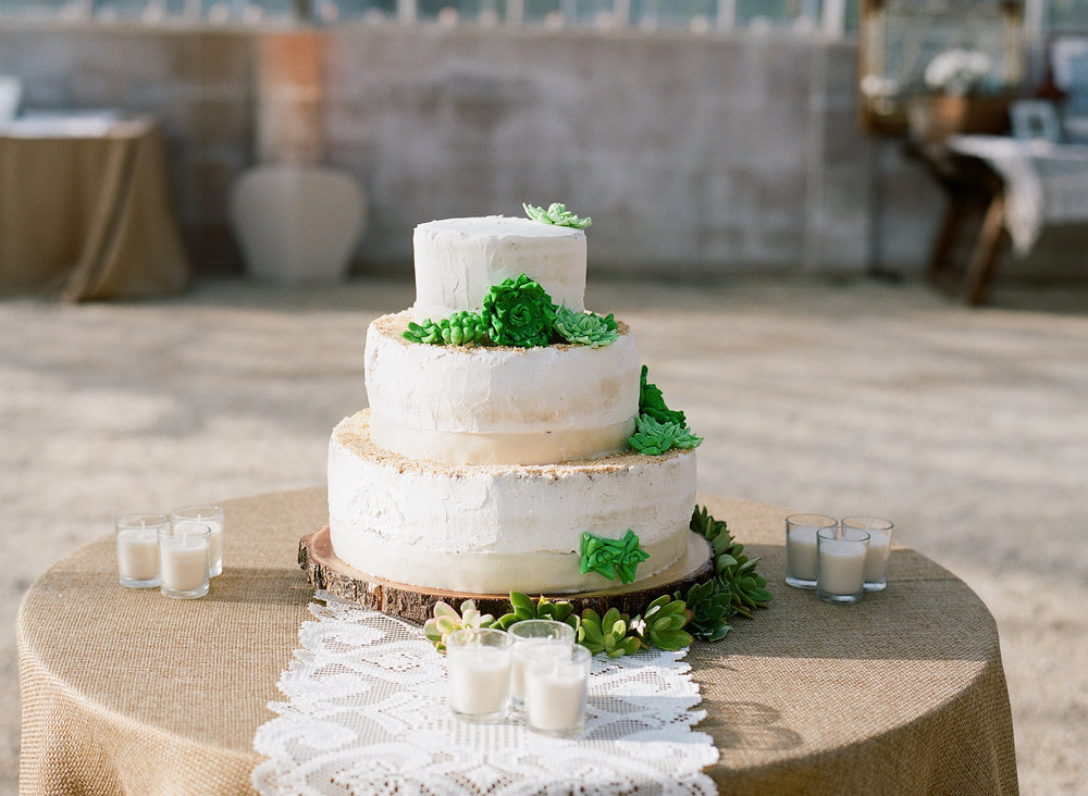 Felici Events | Gaviota Coast | Wedding Ceremony | Oceanfront | Santa Barbara | Clarissa Koenig Photographer | #FeliciWedding | Orchid Farm | Wedding Cake