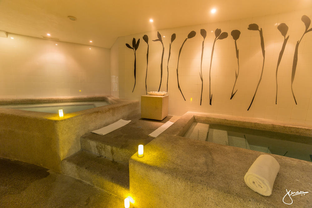 Eucalyptus soak at Armonia Spa