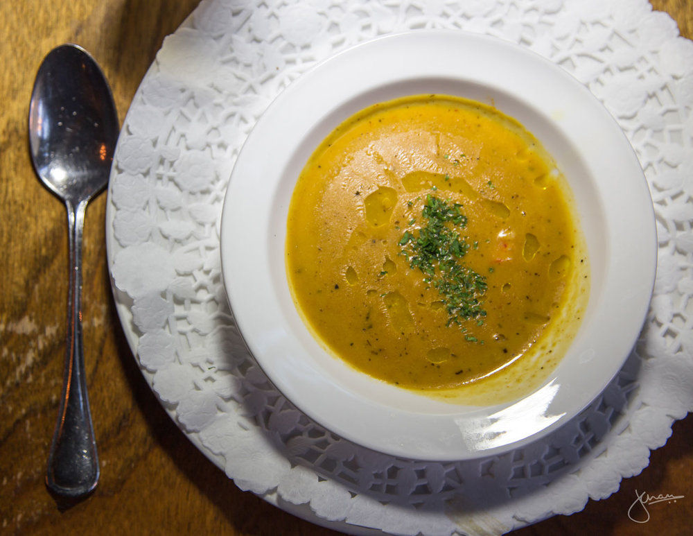Lobster & prawn bisque  with croutons, rouille and gruyere cheese