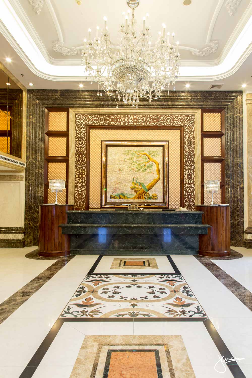 Windsor Plaza Hotel Lobby