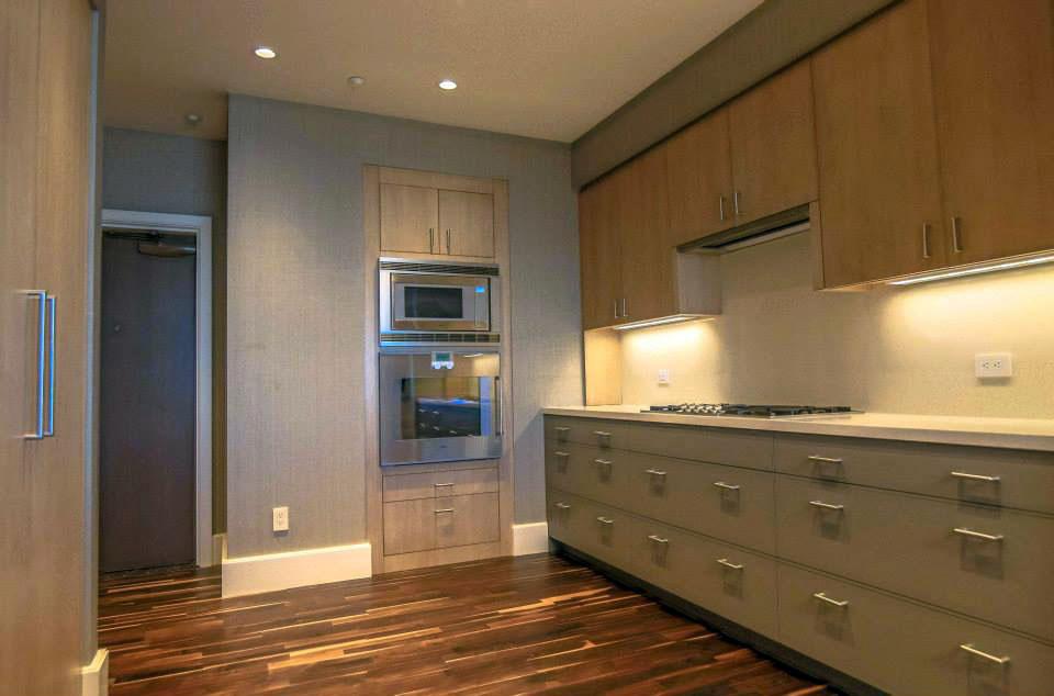 48E Kitchen photo.jpg