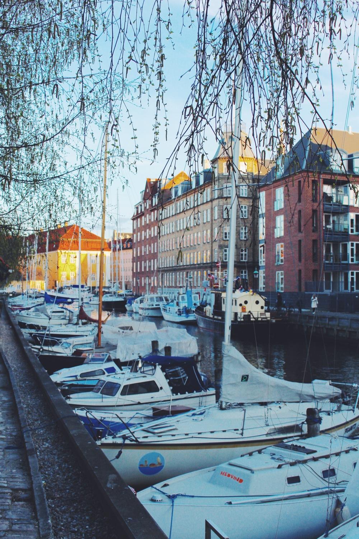 boats on christianshavn.jpg