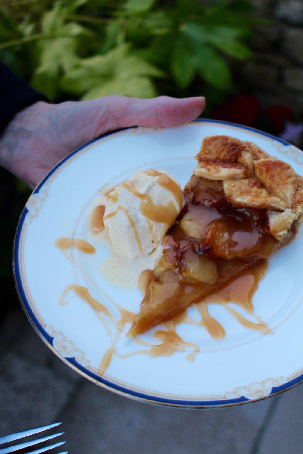 rosemary caramel apple tart.jpeg