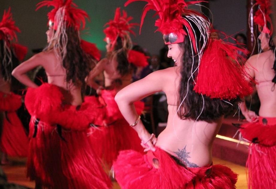 Polynesian-Dancers-1.jpg