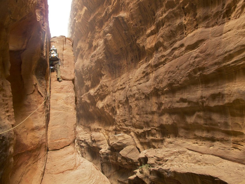 Going through the long Abu Iglakhat Canyon
