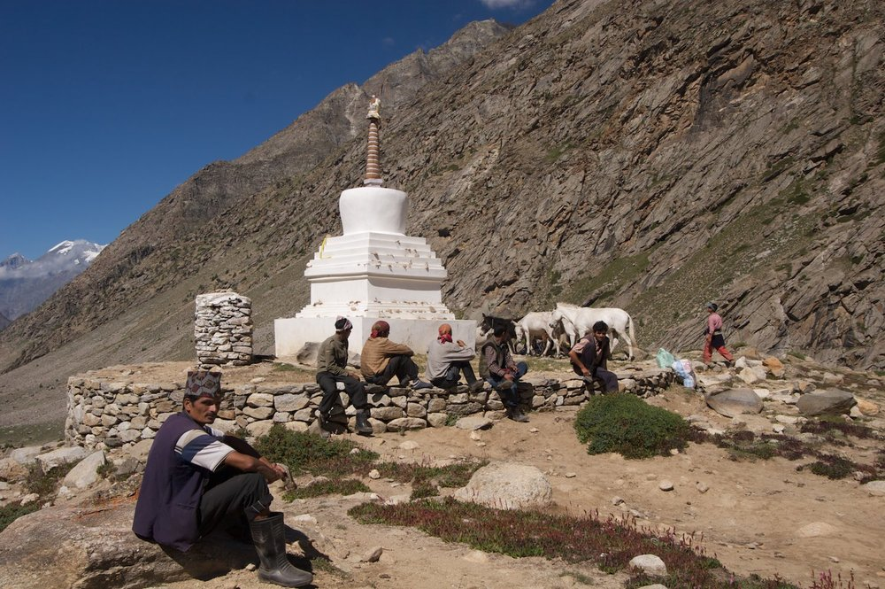 A brief stop at a stupa with our porters