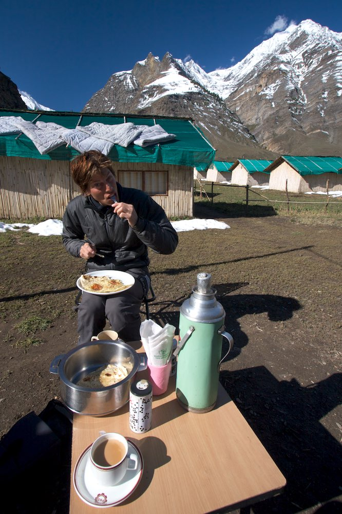 Enjoying some luxury in Tupchiling - proper beds and Indian food, and pancakes & chai for breakfast, Yum!