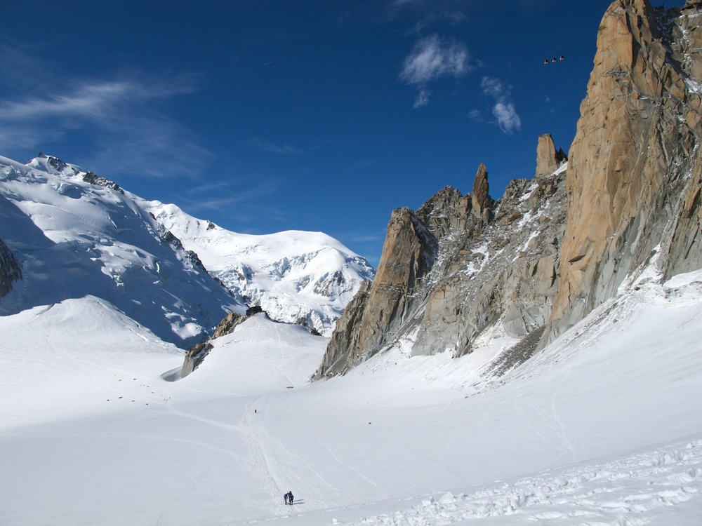 Approaching the Cosmiques hut in the distance - Aiguille du Midi is on the right with the Rébuffat Route on the face