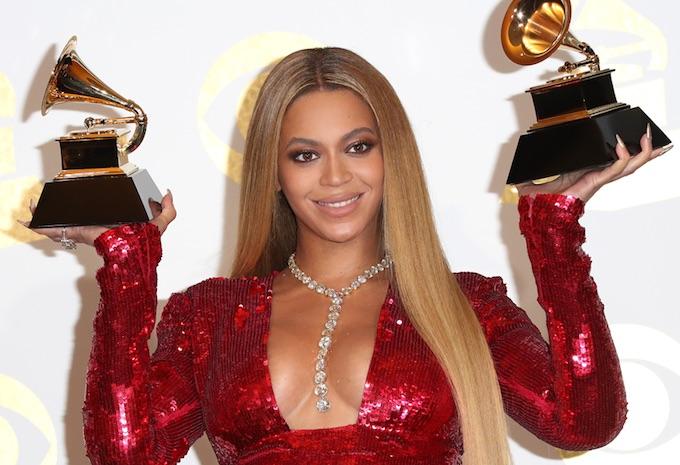 Beyonce wearing Lorraine Schwartz