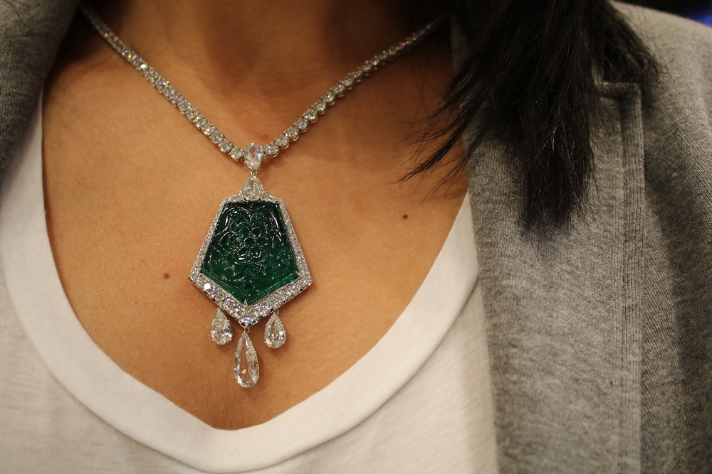 Bayco Carved Emerald Necklace (Koliero)
