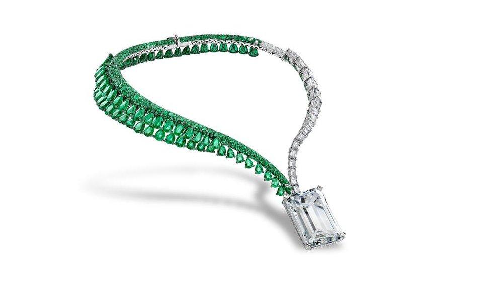 163 carat diamond Art of de Grisogono Necklace.jpg
