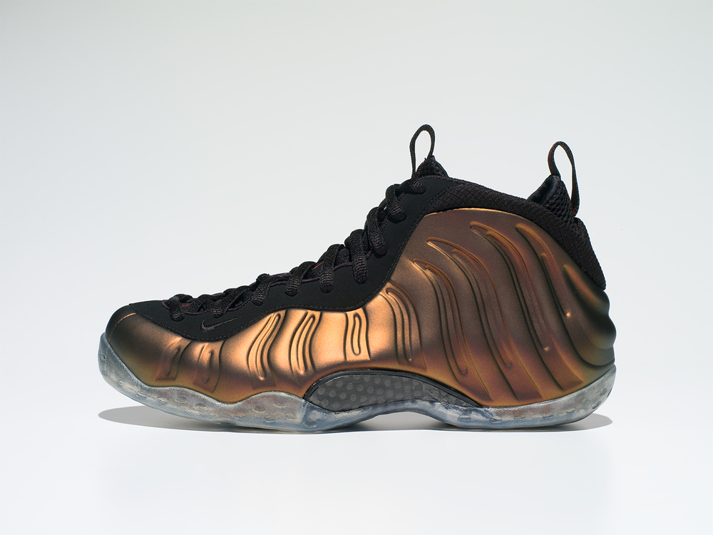 NGC_Air_Foamposite_One_Lateral_before.jpg
