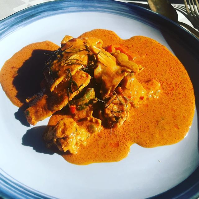 Whipped up some Penang curry today. It's amazing how quickly time flies . 1 year ago today I was in Thailand learning how to make this dish. #Parangcurry 🍛 with #chicken  #homecooking #instagood #instadaily #westcoastmealtingpot #jennieballesteros #bookme
