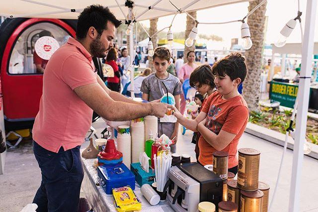 Wanna try something new? We've got a wide variety of food vendors! ——— #abudhabi #visitabudhabi #abudhabilife #abudhabievents #abudhabiblogger