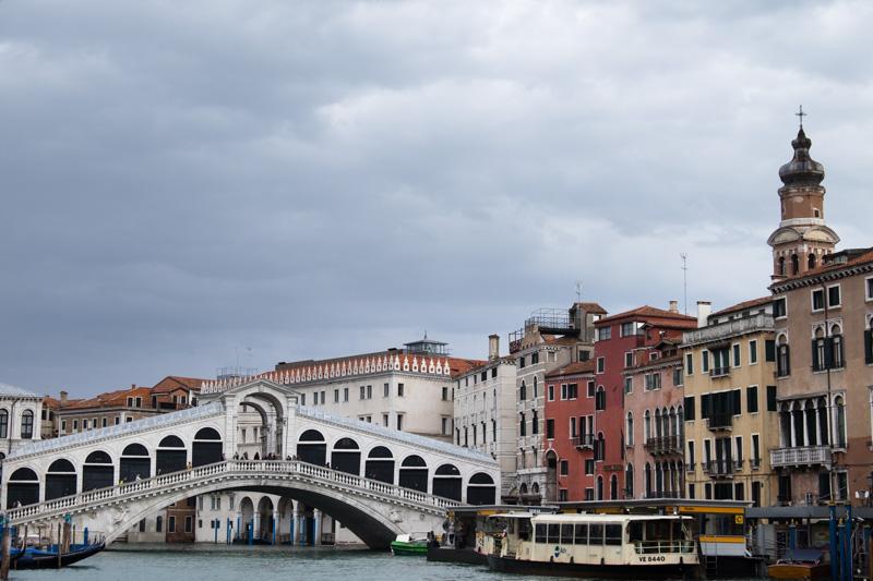 Wider angle shot of Venice including the Rialto Bridge (20mm)