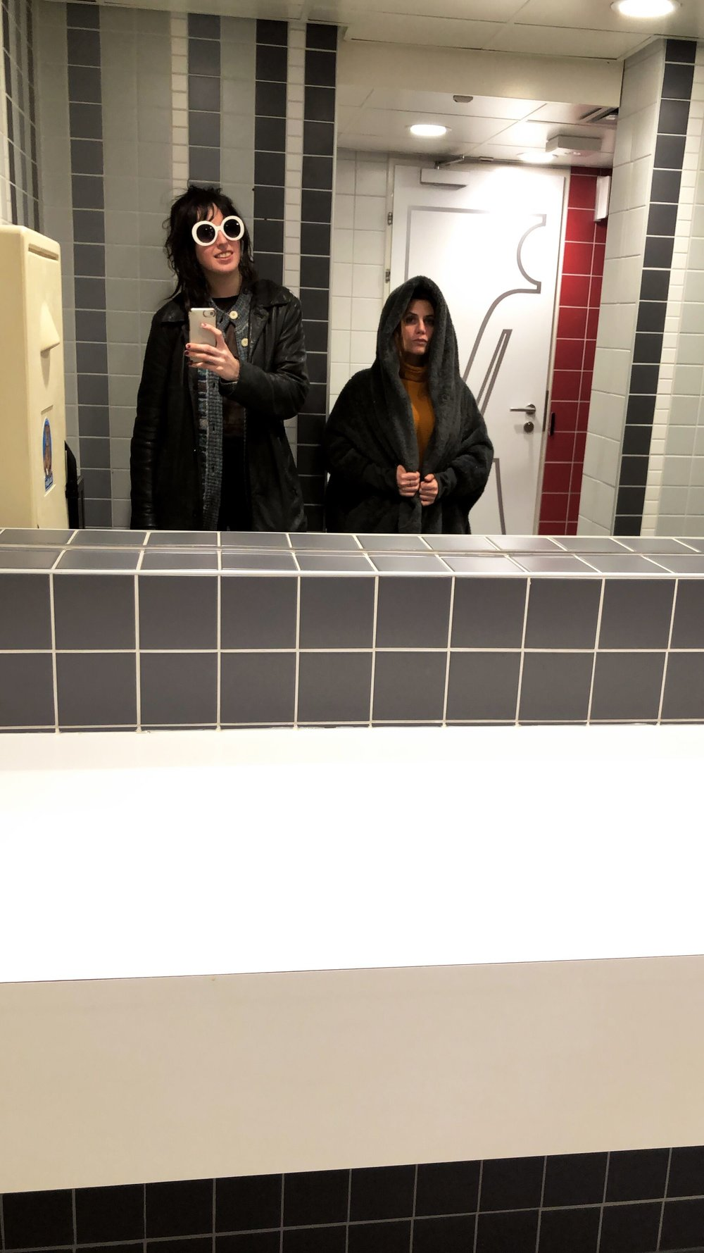 Sole Bathroom Selfie of the Tour