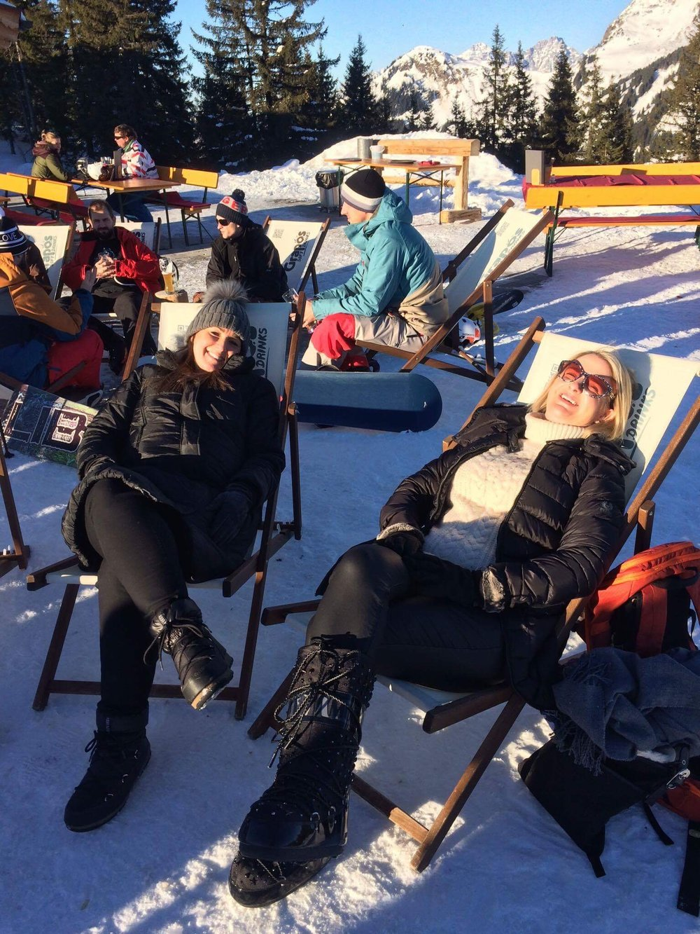 Face sunbathing at its finest. There's absolutely no reason not to Apres Ski just because you haven't skied hahahahahahahaha.