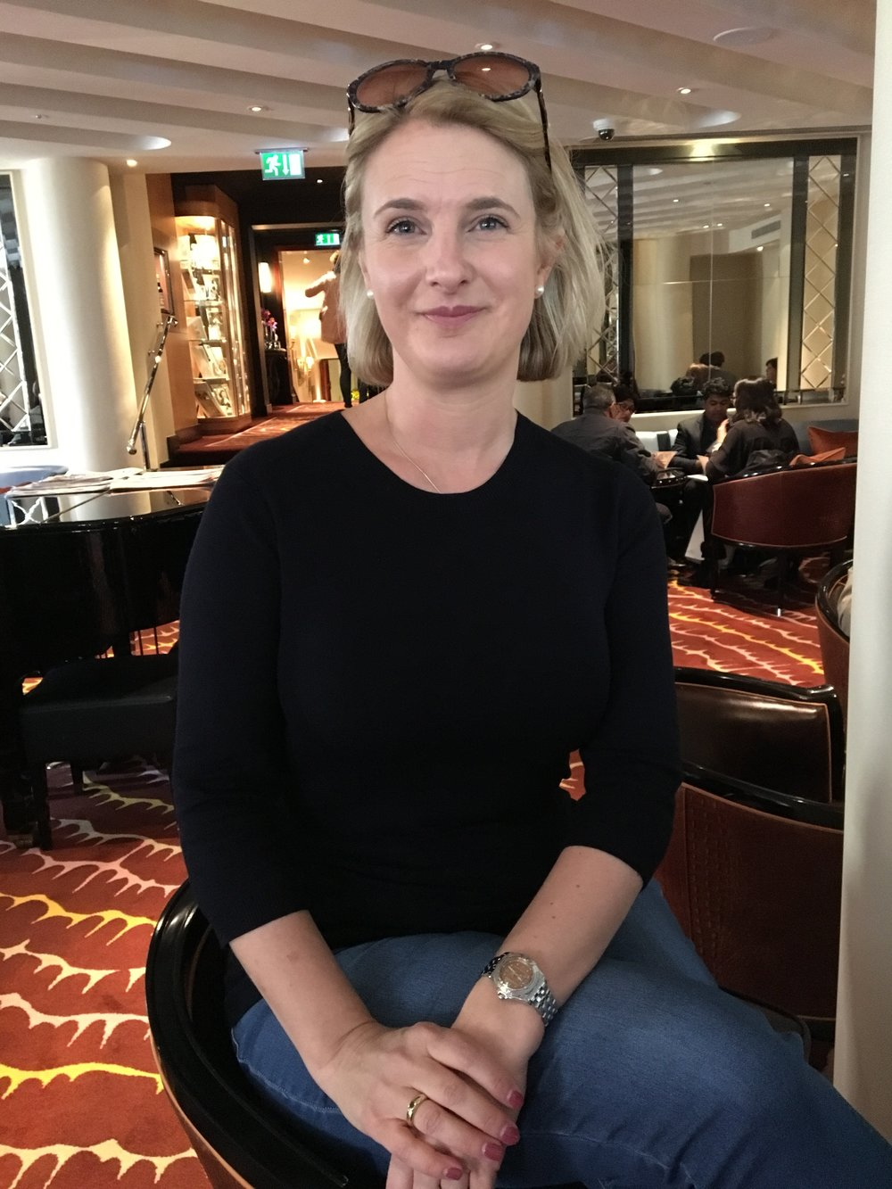 Drinks at the Savoy. Top From Zara, Jeans from Dorothy Perkins, Shoes from Gucci.