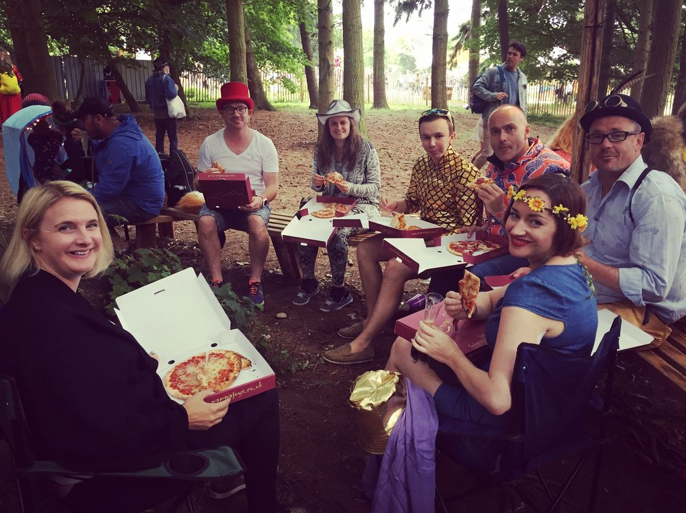The layout of this festival is exceptional, we found a little woodland clearing with some nice chilled music the perfect place for pizza's.