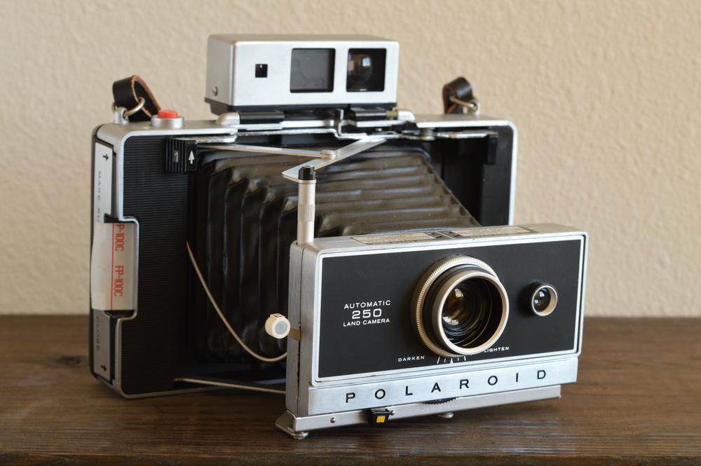 Polaroid Automatic 250 Land Camera