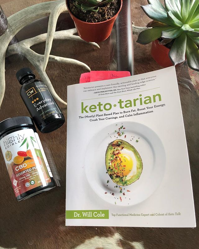 """""""Plant-based"""" means a lot of things. While I've never felt called toward vegetarian- or vegan-ism, over the course of the last 18 months I have turned to plant medicine in one way or another to find more harmony and a greater sense of ease in my life. It began with my introduction to CBD in the summer of 2017 - a relationship that I have maintained as it has mostly cured my anxiety - social and otherwise. The next layer was the work I did (somewhat unintentionally) with psychedelics in 2018 - and the lessons that came out of those experiences have been profound and far-reaching. The most recent addition to my routine has been tweaking my diet toward being more plant-focused - still high fat and keto with a few non-plant exceptions - and my body and mind have relaxed into this way of eating in a way I haven't experienced before. More than anything else - these choices have created what feels like a new environment for me - mentally, emotionally, intellectually and physically - that feels intentional, sustainable and enjoyable and makes me feel better equipped to handle whatever may come with a grounded sense of purpose. If y'all are interested in any of this - it's a convo I'm always willing and excited to have - and something I'll be writing about much more going forward.  Stay tuned. (Also I realize it's hilarious to post about plants over a backdrop of antlers and cowhide 😬🤣🐄🌱) • • • • #ketotarian #plantbased #psycheldelics #plantmedicine #ketodiet #cannabis #cbd"""