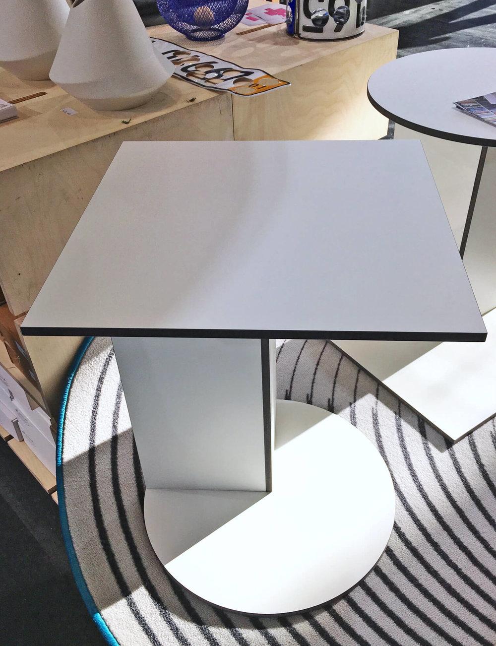 Beistelltisch Rotate, O. Schröder Industrial design