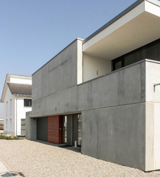 Einfamilienhaus, Sicht von der anderen Seite, Foto: S. Drescher
