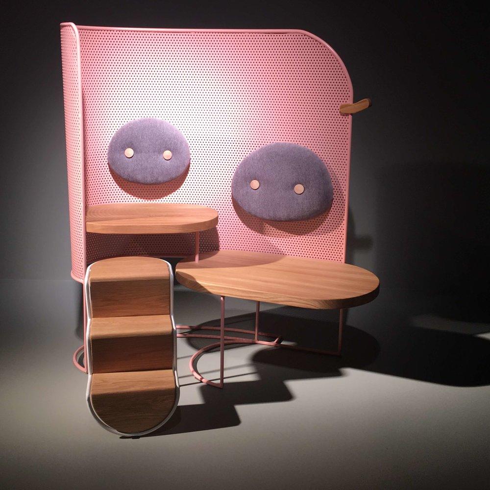 Piggo. Modulare Sitzmöbel für Wartezimmer in Kinderkliniken von Pure Talent Mor Dagan