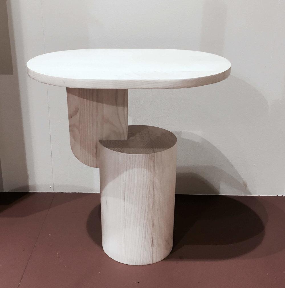 Insert Table, wie eine Skulptur (Fermliving)